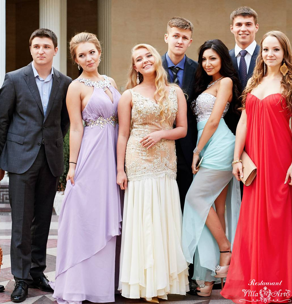 Prom on the summer terrace of the Villa ArtE
